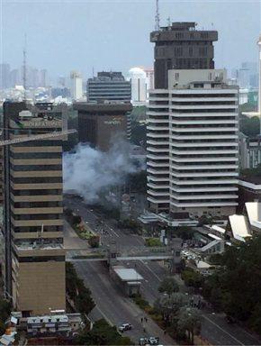 Police arrest 3 men on suspicion of links to Jakartaattack