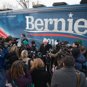 For Sanders, Iowa is chance to turn revolution intoreality