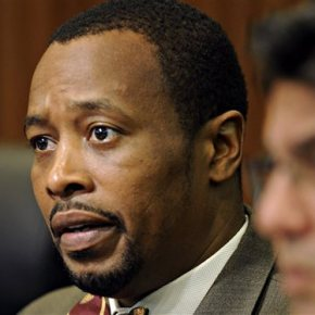 Norfolk official indicted on public corruptioncharges