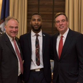 Kaine, Warner hold roundtable on student debt with Virginia collegestudents