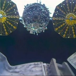 Space station astronauts give huge trash can theboot