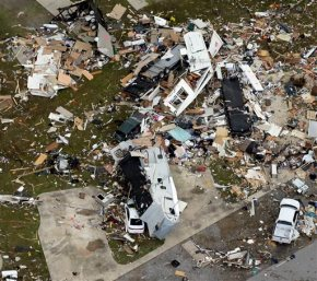 Tornadoes ravage South, threat remains for moretwisters