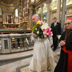 Pope on JPII letters: 'Healthy, holy' female friendshipsOK