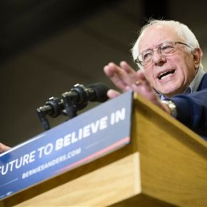 Elizabeth Warren's hard choice in Democrats' White Houserun