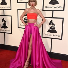Taylor Swift rocks a crop, Lady Gaga does Bowie at Grammys