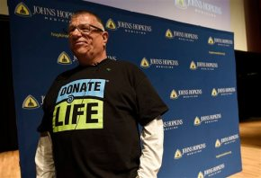 Hopkins begins nation's first HIV-positive organtransplants