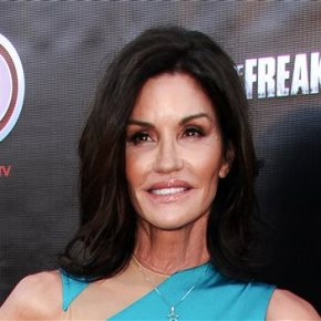 Janice Dickinson vows to fight back against breastcancer