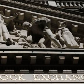 Stocks sag in midday trading; Monsantostruggles