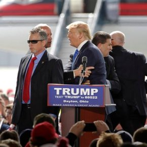 Trump's new normal: campaign rallies where chaos isexpected