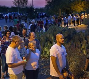 Arizona's closed primary part of reason for long lines