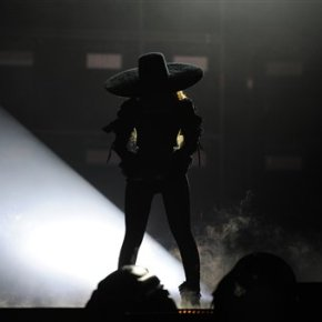 Beyonce slays at tour opening, offers no insight into rumors of maritalinfidelity