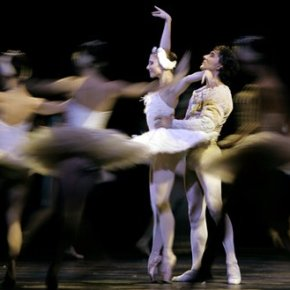 Romania's opera bans ballerina Cojocaru from entering alone