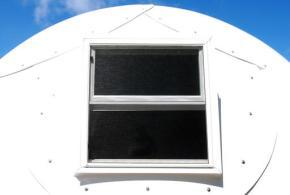 Hawaii church deploying igloos to house homelessfamilies