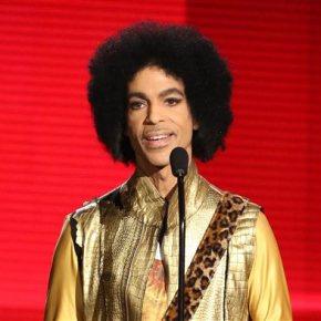 Pop superstar Prince dies at his Minnesotahome