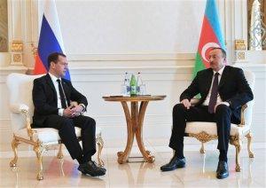 Ilham Aliyev, Dmitry Medvedev