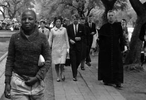 Kennedy relatives visit South Africa to markanniversary