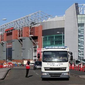 Fake bomb at Man United sparks renewed security fears