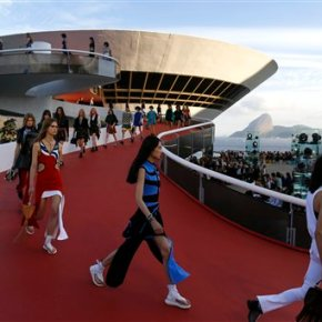 Vuitton show draws fashion world to crisis-hit Brazil