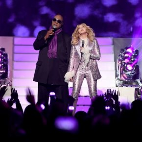 Madonna, Stevie Wonder pay homage to Prince at Billboard