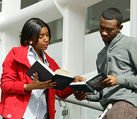 """Admissions hosts """"Round Up"""" for prospective students, waives application fee forparticipants"""