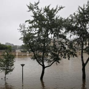 France creates emergency fund for people affected by floods
