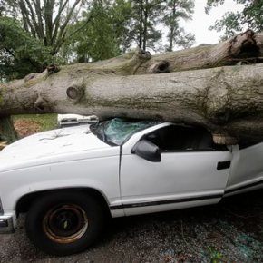 Officials working to restore power to thousands in Virginia