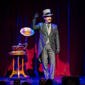 'The Illusionists' look backward for next Broadwaystop