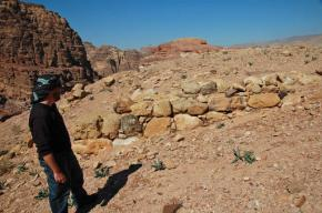 Archaeologist points to hidden monument in Jordan'sPetra