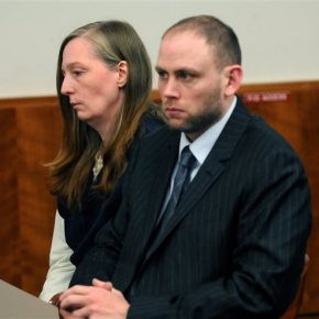 Woman convicted of fatally poisoning husband dies inprison