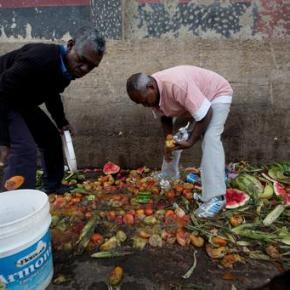 As hunger mounts, Venezuelans turn to trash forfood