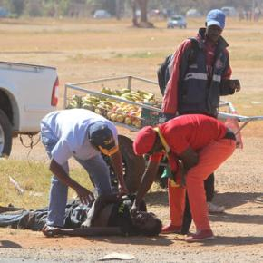 Zimbabwe police battle anti-government protesters incapital