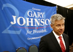 """FILE – In this May 27, 2016, file photo, Libertarian presidential candidate Gary Johnson speaks at the National Libertarian Party Convention in Orlando, Fla. Broadside, an imprint of HarperCollins Publishers, told The Associated Press on Wednesday, Aug. 31, that Johnson's new campaign book """"Common Sense for the Common Good: Libertarianism as the End of Two-Party Tyranny"""" will be released as an e-book on Sept. 27, 2016. (AP Photo/John Raoux, File)"""