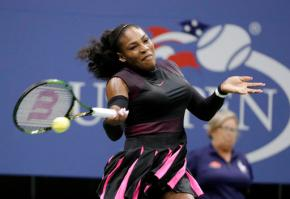 After Beyonce video, Serena Williams dancing some more