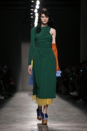 Rihanna, new top designers debut at Paris FashionWeek