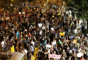 In Charlotte, police shooting affects presidential politics