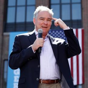 Kaine downplays presidential readiness amid Clintonillness