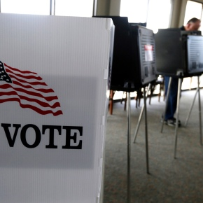 GOP gains ground on Dems in voter registration in key states
