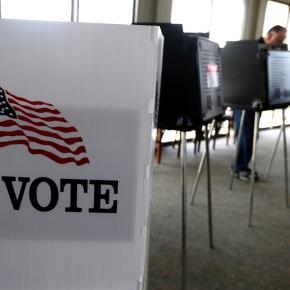 GOP gains ground on Dems in voter registration in keystates