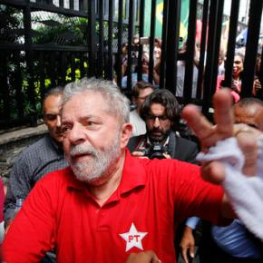 Brazil judge orders corruption trial for ex-PresidentSilva