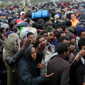 France moving more than 6,000 migrants from makeshiftcamp