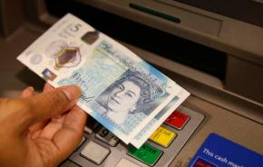 UK's new 5 pound note has second use: It plays vinyl records