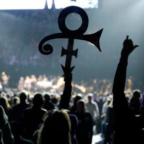 Wonder, Khan wow crowd at Prince tributeshow