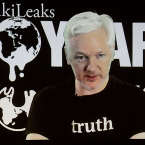 With email dumps, WikiLeaks tests power of fulltransparency