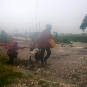 Hurricane Matthew moves into Bahamas after batteringHaiti