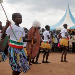 South Sudan artists protest civil war with peace campaign