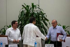 Colombia tries again for peace with sides signing newaccord