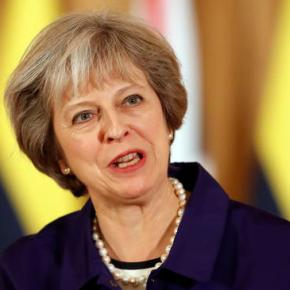 UK's May seeks to keep Brexit plan going despitesetback