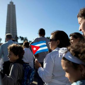 Thousands file through memorial honoring Castro in Cuba
