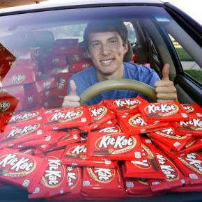 College student has Kit-Kat stolen, company sends 6,500more