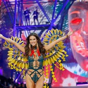Victoria's Secret rocks Paris with $3M bra and LadyGaga